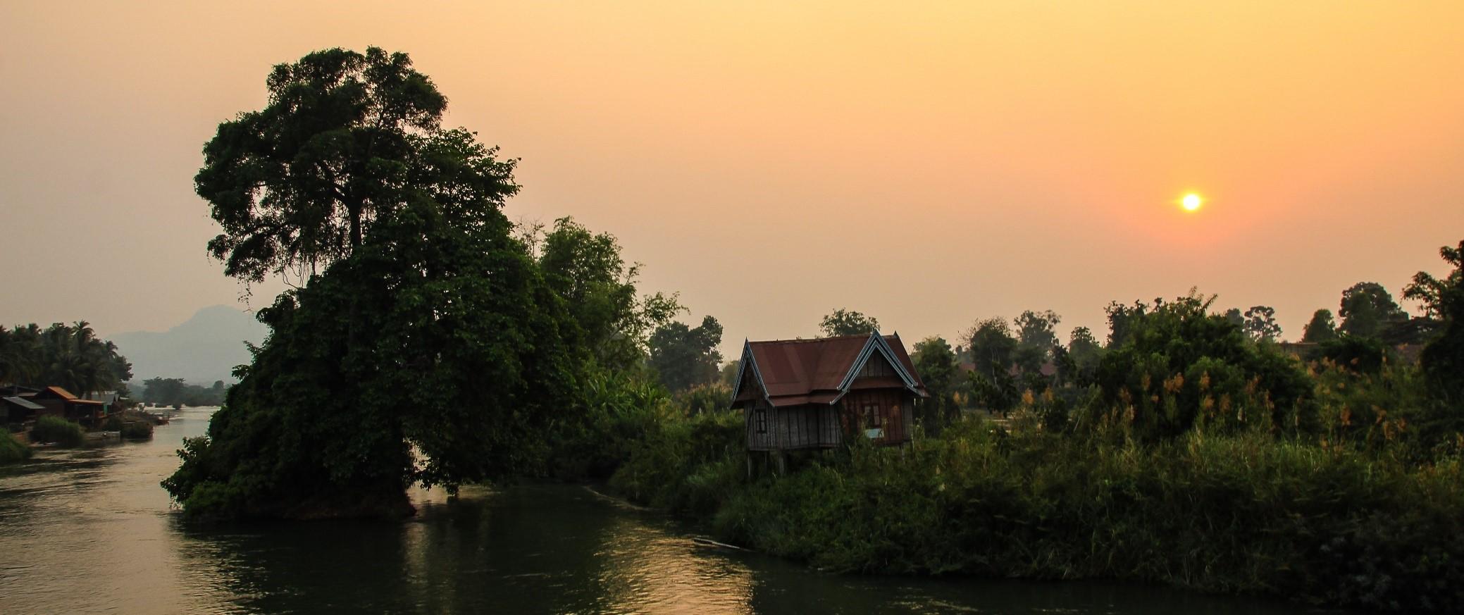 maison bord du Mékong Laos