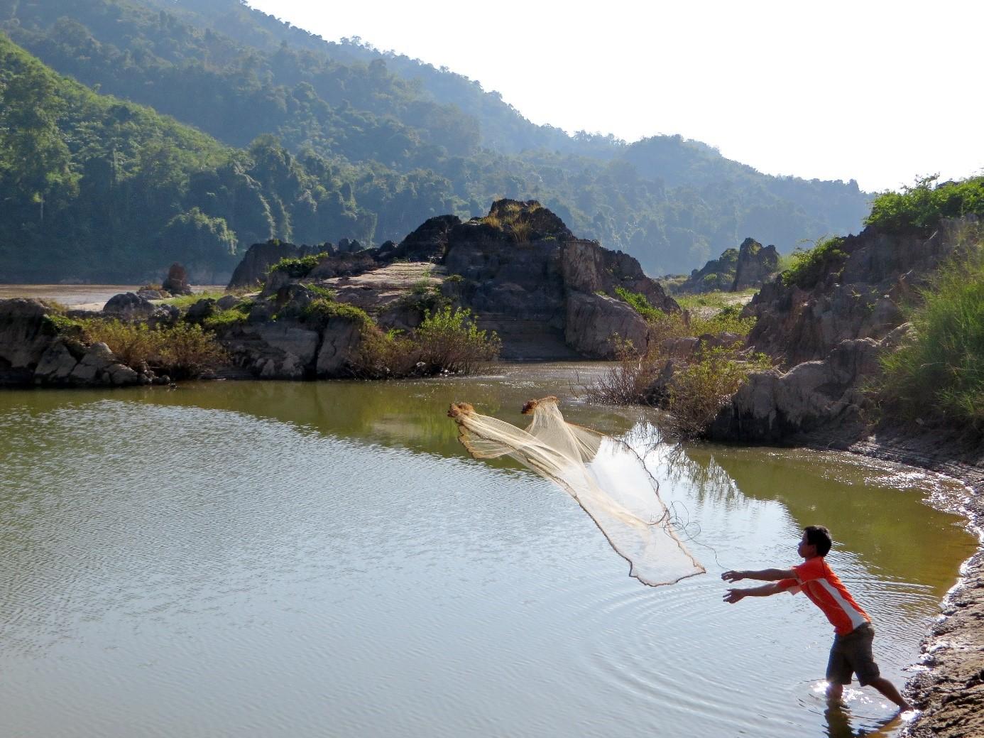 pécheur Mekong Laos